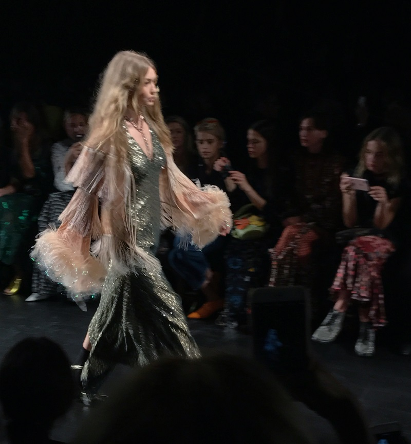 New York Fashion Week: Anna Sui SS18 Runway