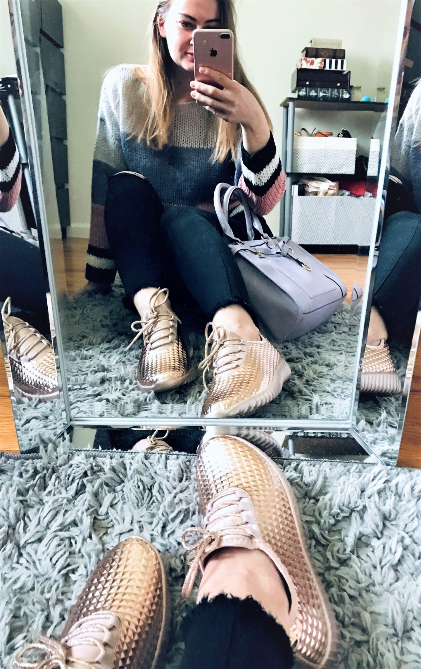 Day 9 – Gold – EasilyDressed Pop of Color Challenge